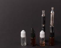 Große moderne elektronische Zigarette Lizenzfreie Stockbilder