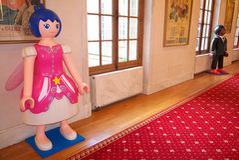 Große Playmobil-Frauenfigur mit Flügeln Stockfotografie