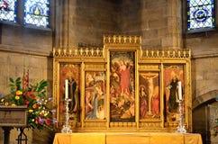 Große religiöse Platte in der Kathedrale Stockbild