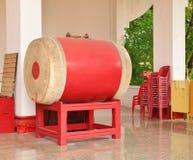Große rote Trommel Stockbilder