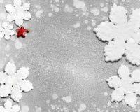 Große schöne Schneeflocke auf einem schwarzen Hintergrund Stockfotos