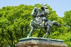 große Statue Samurais Kusunoki Masashige, Tokyo Stockbilder