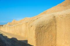 Große Wand in den Ruinen von Chan Chan Lizenzfreies Stockfoto