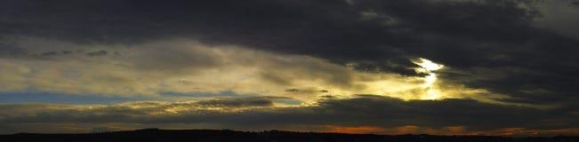 Große Wolken Stockbild