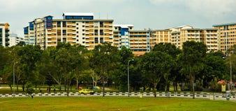 Großer Appartementkomplex Stockbilder
