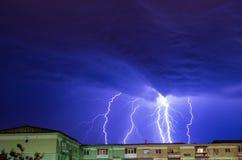 Großer Blitz in meiner Heimatstadt Stockbild
