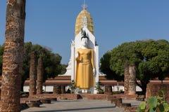 großer Buddha an Phitsanulok-Provinz, Thailand Stockfotografie