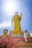 Großer Buddha am Tempel Stockbilder
