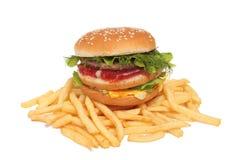 Großer Burger mit Kartoffel Stockfoto