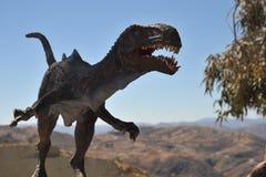 Großer Dinosaurier Park, wo Spuren dieser alten Reptilien stockbild