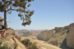 Großer Dinosaurier Park, wo Spuren dieser alten Reptilien Lizenzfreies Stockfoto