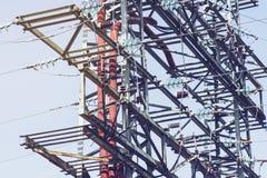 Großer Elektrizitätsübertragungs-Mast Lizenzfreie Stockfotos