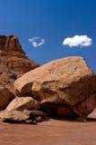 Großer Fluss-Stein in der Wüste Lizenzfreies Stockbild
