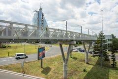 Großer Fußgängerviadukt in Burgas, Bulgarien stockfotos
