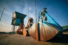 Großer Grabscher für Bulkladung auf einem Pier auf Massenanschluß Lizenzfreies Stockbild