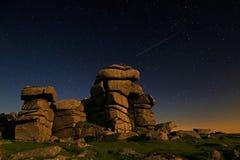 Großer Heftklammer-Felsen Dartmoor lizenzfreie stockfotos
