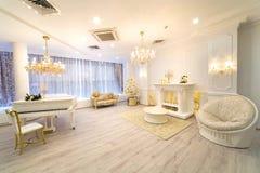 Großer Hochzeitsraum stockbilder