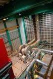 Großer industrieller Innenraum mit Stromgenerator Lizenzfreie Stockfotos