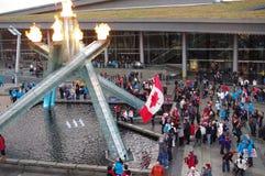 Großer Kessel mit 2010 olympischer Winter-Spielen Lizenzfreie Stockfotografie