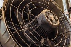 Großer leistungsfähiger industrieller elektrischer Ventilator Lizenzfreie Stockfotos