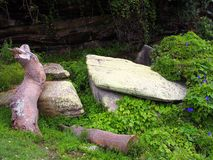 Großer Moss Covered Rocks Lizenzfreie Stockfotos