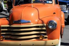 Großer orange antiker LKW Anwäter für Parade, Saratoga-Nationalpark, 2016 Lizenzfreie Stockbilder