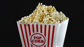 Großer Popcornkasten stock video footage