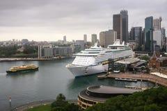 Großer ReiseflugOzeandampfer in Sydney, Australien Lizenzfreie Stockfotografie