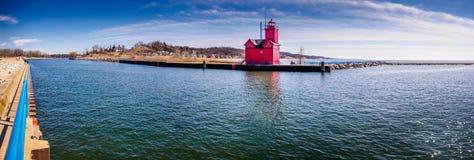 Großer roter Leuchtturm Stockfoto