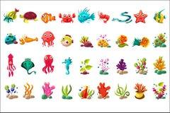 Großer Satz des Meerestiers, bunte Karikaturozeantiere, Anlagen und Fische vector Illustrationen auf einem weißen Hintergrund Stockbilder