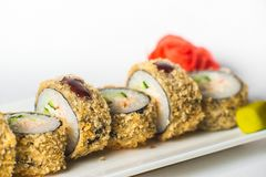 großer Satz mit Sushi und Rollen Lizenzfreies Stockfoto