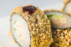 großer Satz mit Sushi und Rollen Stockbild