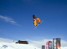 Großer Snowboardsprung Stockfoto