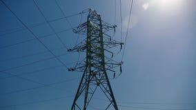 Großer Strompfosten stock video footage