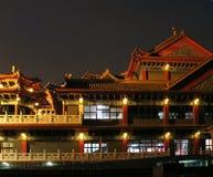 Großer Tempel bis zum Night Stockfotos
