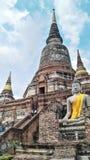 Großer Tempel haben eine lange hohe Treppe Lizenzfreies Stockbild