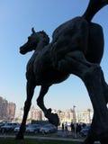 Großes Bronzepferd Stockfoto