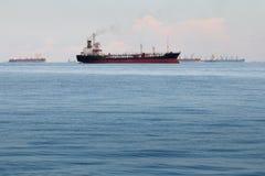 Großes Containerschiff Stockfotografie