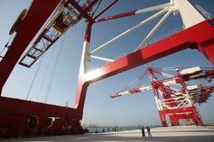 Großes Containerterminal lizenzfreies stockfoto