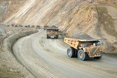 Großes dumptruck in der Kupfermine Lizenzfreie Stockfotos