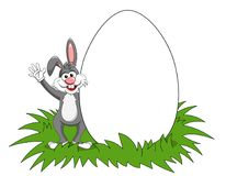 Großes Ei des Kaninchens oder des leeren Kopienraumes des Häschens lokalisiert Stockfoto
