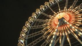 Großes Fähren-Rad nachts stock video