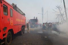 Großes Feuer bricht im Kolkata Elendsviertel aus Lizenzfreies Stockbild