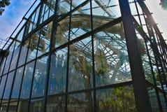 Großes Gewächshaus des ` Parkde la Tete d oder in Lyon stockbild