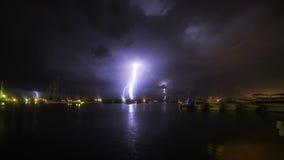 Großes Gewitter und Blitz im Hafen Sukosan Stockbild