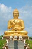 Großes goldenes Buddha souht von Thailand Stockbild