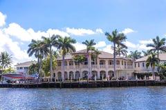 Großes Haus im Fort Lauderdale Lizenzfreies Stockbild