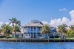 Großes Haus im Fort Lauderdale Stockfotos