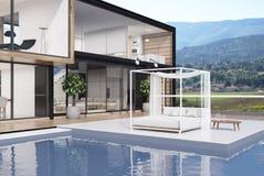 Großes Haus mit einem Swimmingpool, Seite lizenzfreie abbildung