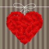 Großes Herz gemacht von vielen kleinen roten Herzen Stockfoto